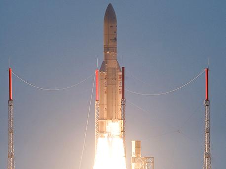 Start der Ariane 5ECA am 29. Oktober 2009, 21.00 Uhr Mitteleuropäischer Zeit von Kourou in Französisch-Guyana.
