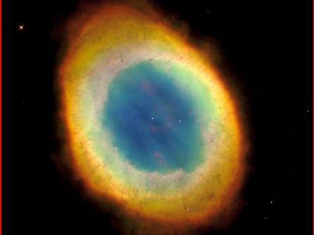 Der Ringnebel im Sternbild Leier ist auch das Erkennungssymbol der Planetariumssoftware Redshift 7.