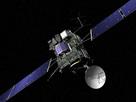 Vista artística de la sonda Rosetta de la ESA. La nave está cubierta con aislamiento térmico oscuro para mantener su calor, mientras que se aventura en la frialdad del Sistema Solar exterior, más allá de la órbita de Marte. La sonda Rosetta fue lanzada por un Ariane 5 el 2 de marzo de 2004, en un viaje de 11 años hacia el cometa 67P / Churyumov-Gerasimenko.