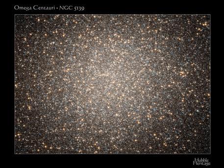 Der Kugelsternhaufen Omega Centauri (NGC 5139),aus dem Kapteyns Stern sowie 13 weitere Sterne stammen sollen.