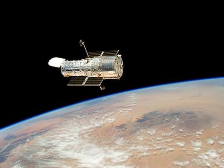 Das Hubble-Teleskop, nach der letzten Wartungsmission 2009