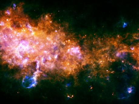 Gestación y nacimiento de estrellas en la Vía Láctea.