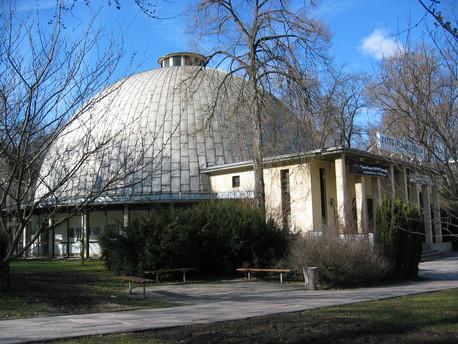 Das Zeiss-Planetarium in Jena.