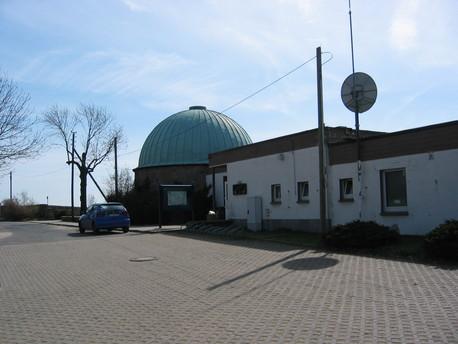 """Das Planetarium der Volkssternwarte """"Adolph Diesterweg"""" in Radebeul."""