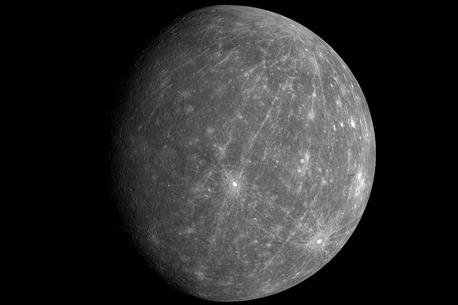 Der Planet, aufgenommen am 8. Oktober 2008 von der US-Raumsonde Messenger aus 27.000 Kilometer Distanz.