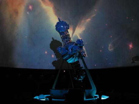 Fast 20 Jahre lang war dieser Zeiss-Projektor im S-Planetarium Augsburg in Betrieb.
