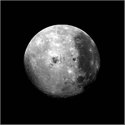 Die bisher nur wenig erforschte Rückseite des Monds in einer NASA-Aufnahme