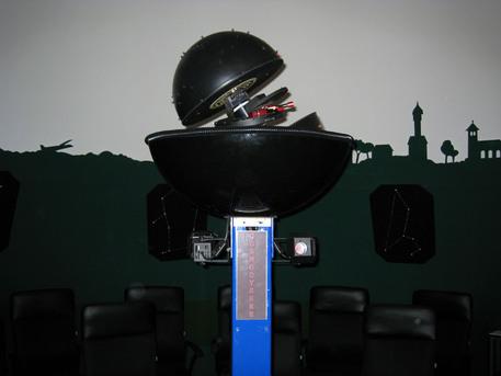 Der Planetariumsprojektor Cosmodyssée III der Sternwarte Dahlewitz.