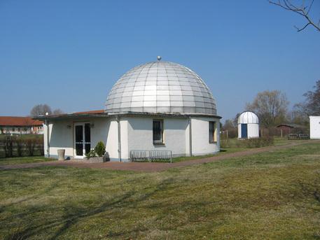 Zum Lübzer Planetarium gehört auch eine Sternwarte.