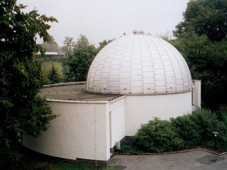Die Kuppel des Planetariums in Rodewisch im Vogtland.