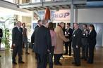 König Albert II besucht am Donnerstag, 19. März 2009, das Europäische Astronautenzentrum (EAC) in Köln-Porz. Begrüßung durch ESA-Generaldirektor Jean-Jacques Dordain.