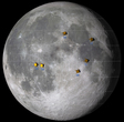 Dieses Bild zeigt die ungefähren Positionen verschiedener Module von verschiedenen Mondmissionen