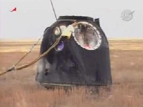 La Cápsula Soyuz en zona de aterrizaje