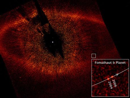 Der Exoplanet Fomalhaut b, vom Hubble-Teleskop im sichtbaren Licht aufgenommen