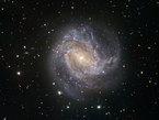 Primera Luz de TRAPPIST de la Galaxia Espiral Messier 83