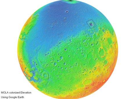 Imagen coloreada de Marte, resaltando el cráter Lyot