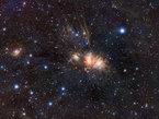 """Infraroter Blick auf die """"stellare Babystube"""" im Sternbild Einhorn."""