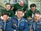 Conexión con el Control de la Misión tras el ingreso en la Estación