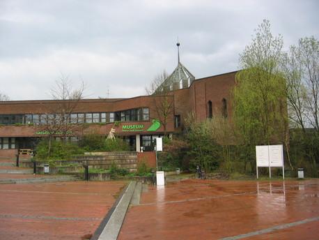 Das Museum am Schölerberg mit Planetarium in Osnabrück.