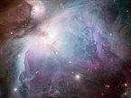 Cette image de la nébuleuse d'Orion à l'aspect éthéré a été obtenue avec la caméra WFI installée sur le télescope de 2,2 mètres MGP/ESO à l'Observatoire de La Silla au Chili. Cette nébuleuse est bien plus qu'un bel objet céleste. En offrant aux astronomes une vue en gros plan d'une région massive de formation stellaire, elle permet de faire progresser notre compréhension de la naissance et de l'évolution des étoiles. Les données utilisées pour cette image ont été sélectionnées par Igor Chekalin (Russie), qui a participé au concours d'astrophotographie « Les Trésors Cachés 2010 de l'ESO ». La composition de la nébuleuse d'Orion réalisée par Igor Chekalin a obtenu le septième plus haut score du concours alors qu'une autre de ses images remportait le premier prix.