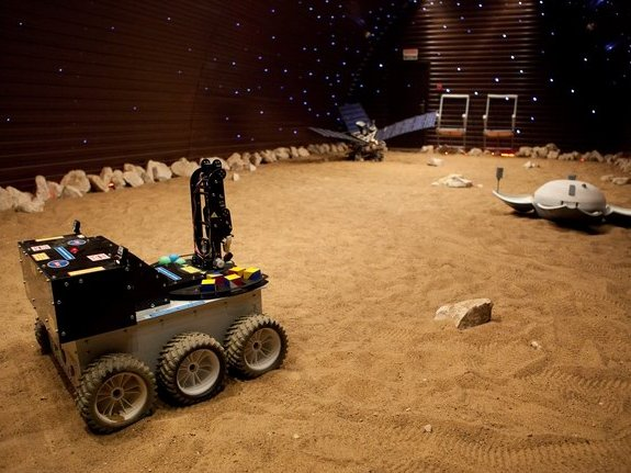 The Mars terrain simulator of the Mars500 facility. The crew will drive a rover and place sensors during their sorties.