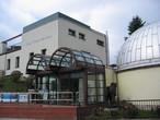 Das Zeiss-Planetarium mit Sternwarte in Schneeberg.