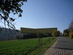 Die Arche Nebra wurde am Fuße des 252 Meter hohen Mittelbergs in Wangen bei Nebra errichtet.