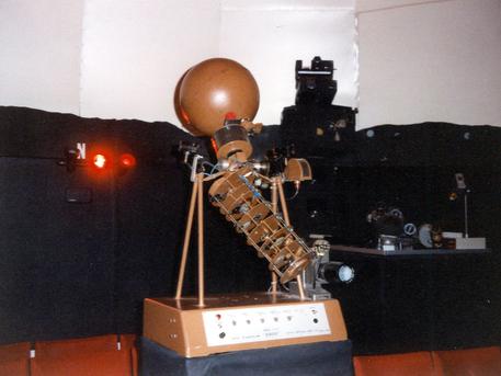 Der Projektor Goto E 5 des Planetariums in Albstadt.